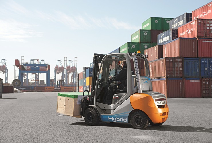 "RX 70 Hybrid: ""The world's first hybrid forklift truck\"""