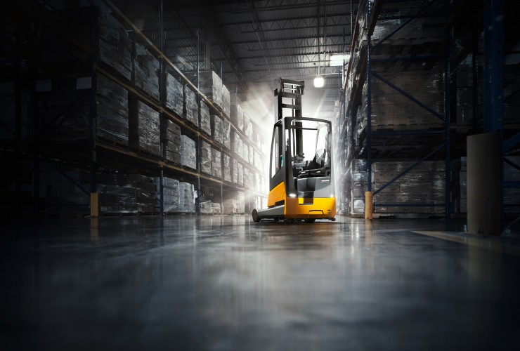 The world's first reach truck with a fully integrated lithium-ion battery.